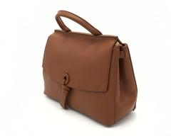 Рыжая кожаная сумка классической формы