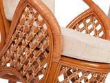 Плетеный диван из ротанга