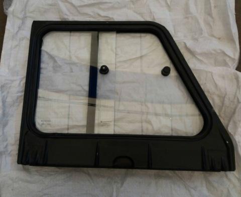 Надставка двери УАЗ 469 Хантер передняя левая в сборе (раздвижные стекла)