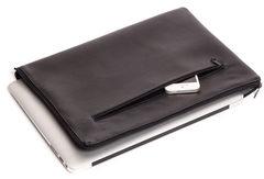Черный горизонтальный чехол на молнии Gmakin для Macbook