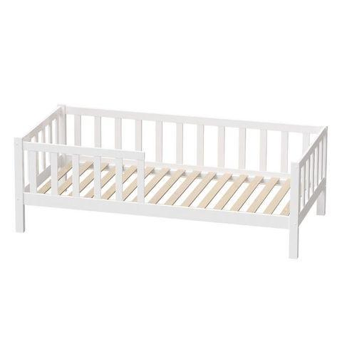 Детская кровать с бортиком Sweet Dreams 4