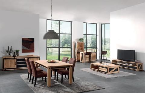 Мебель из сосны в гостиную Ятелей