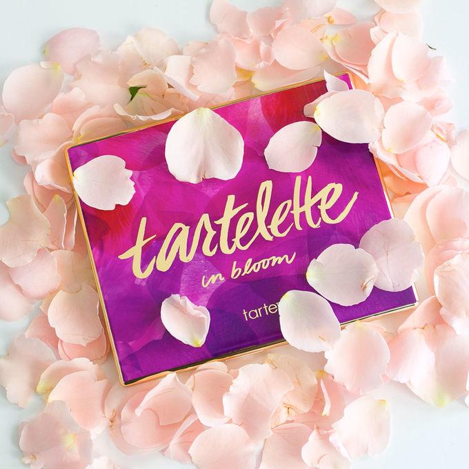 Tarte Tartelette In Bloom палетка теней