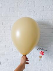 Воздушный шар кофе с молоком