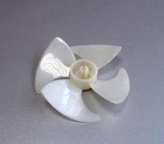 Крыльчатка вентилятора холодильника