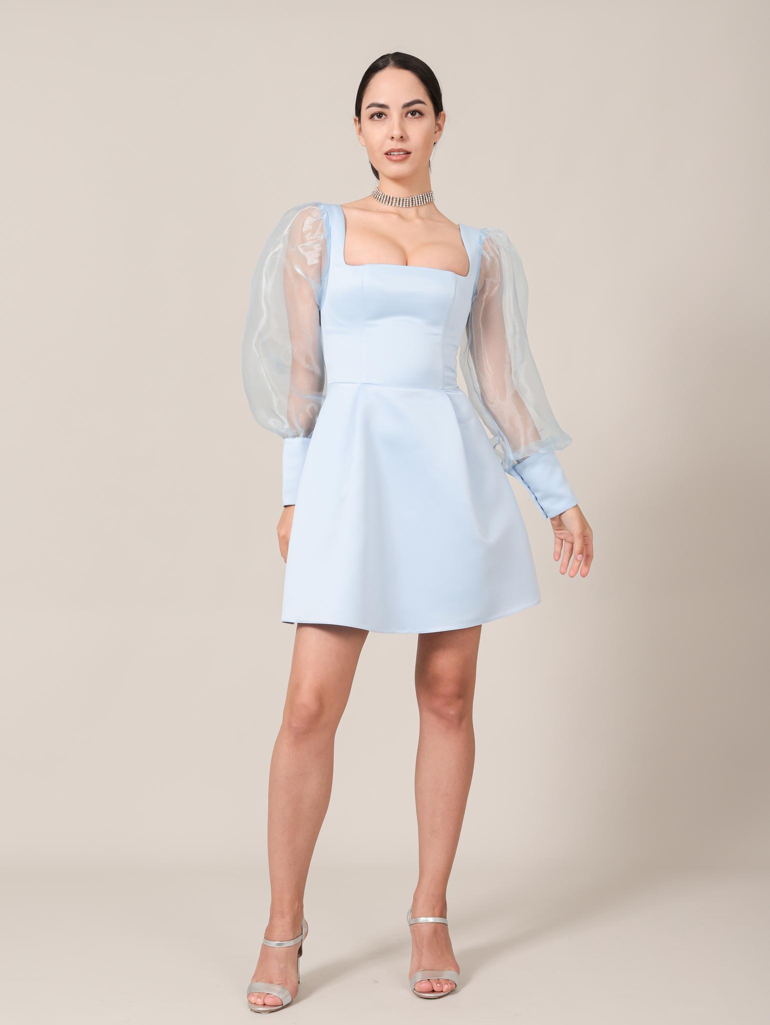Вечернее платье / Нарядное платье с квадратным вырезом и длинными рукавами из фатина мини (голубой)