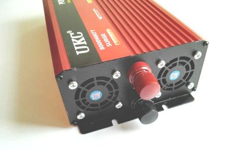 Инвертор 12-220V YURNIX Юрникс 4000W 12 вольт на 220вольт 4000 Ват преобразователь напряжения