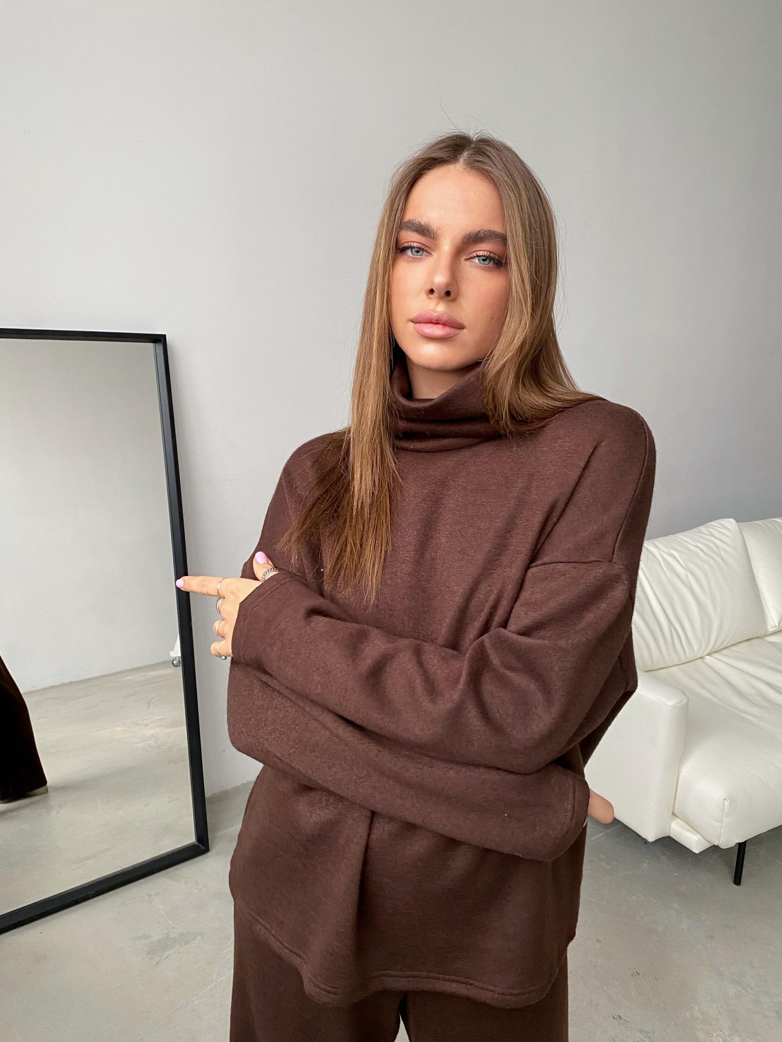 Теплый костюм с широкими брюками (коричневый)
