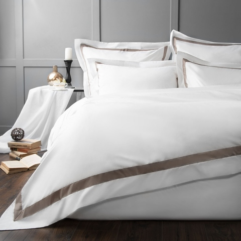 Комплект постельного белья сатин Ластинг белый