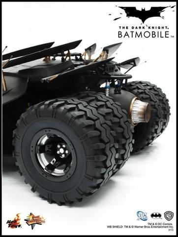 The Dark Knight - Batmobile Collectible