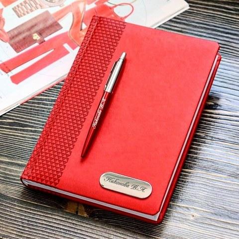 Набор с гравировкой: Ежедневник недатированный и Шариковая ручка Parker Jotter Essential, Kensington Red CT123