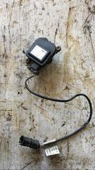 Моторчик заслонки печки б/у для грузовых автомобилей МАН ТГА, номер BOSCH - 0132801114. Оригинальные номера MAN - 81286016118.