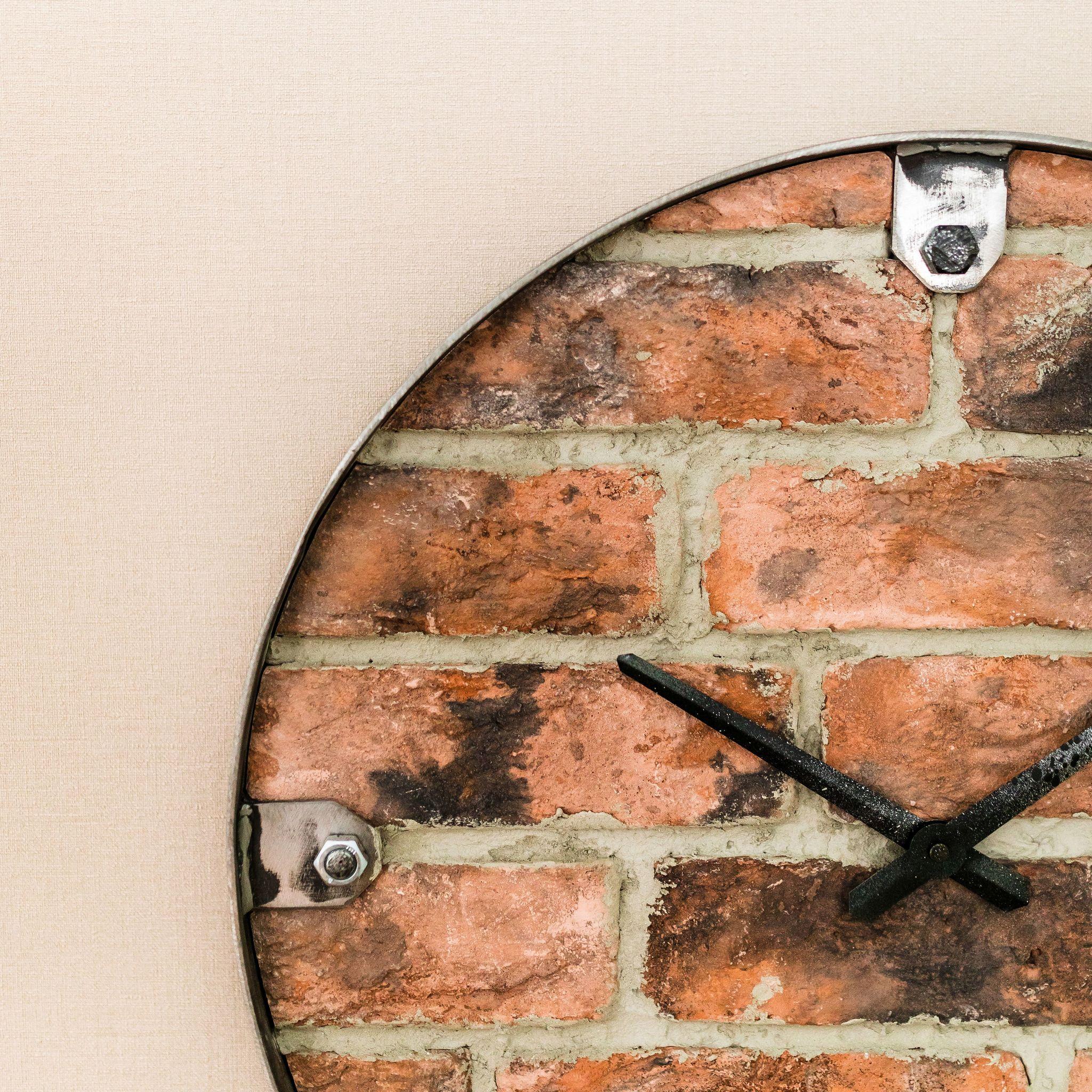 Настенные часы Nicole Time NT102 RED BRICK