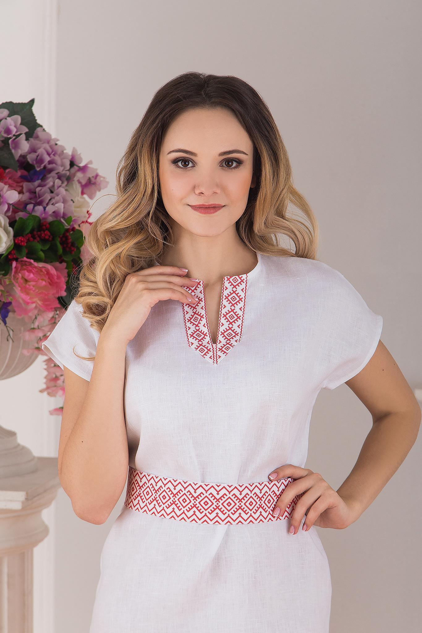 Платье льняное современное белое купить магазин Иванка приближенный фрагмент