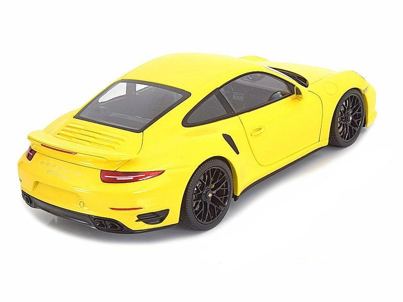 Коллекционная модель Porsche 911 (991) Turbo S With Black Rims 2013