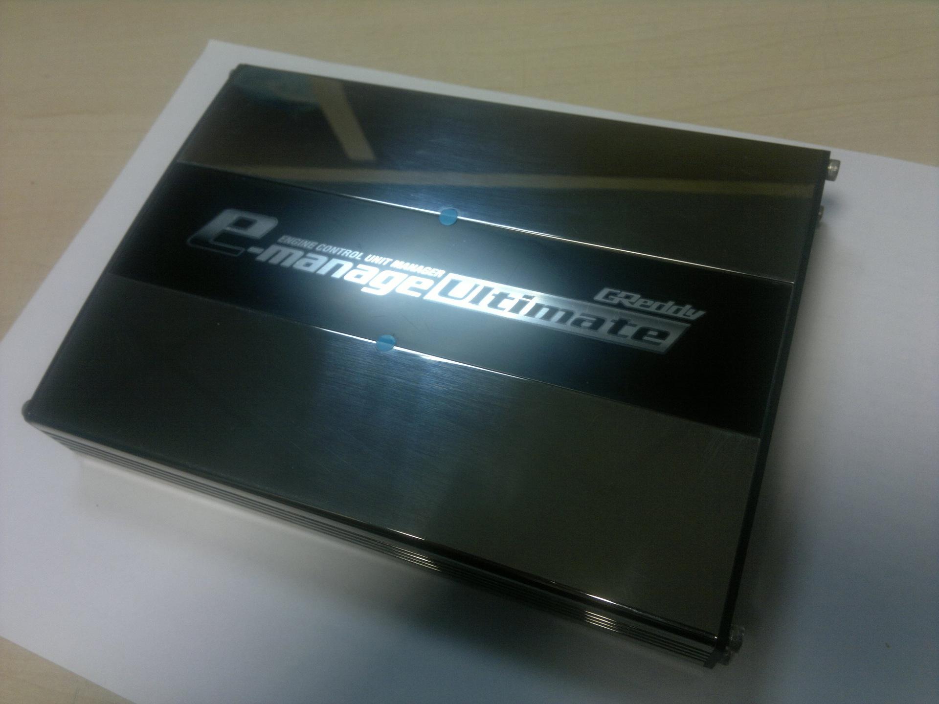 GReddy E-Manage Ultimate субкомпьютер