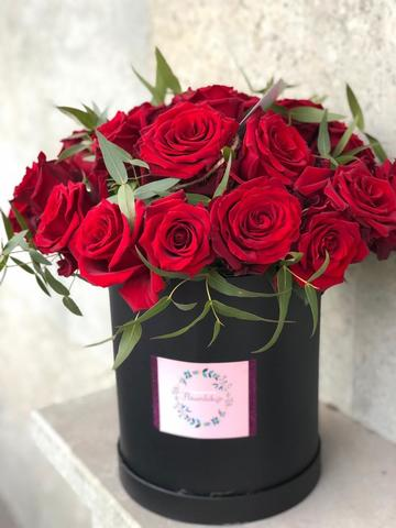 Buy Red Roses Tbilisi