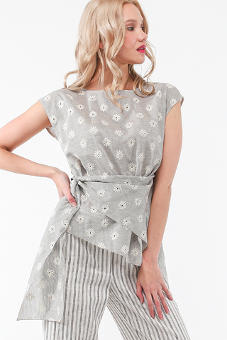 Фото асимметричная серая блуза с удлиненным плечом и широким вырезом - Блуза Г713-128 (1)