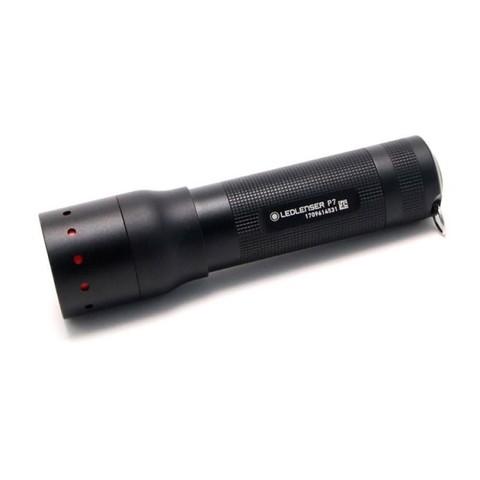 Фонарь ручной Led Lenser (501046) P7 черный светодиод 450lx AAAx4