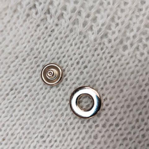 Кнопка пробивная сток Max Mara металл золото 24 мм