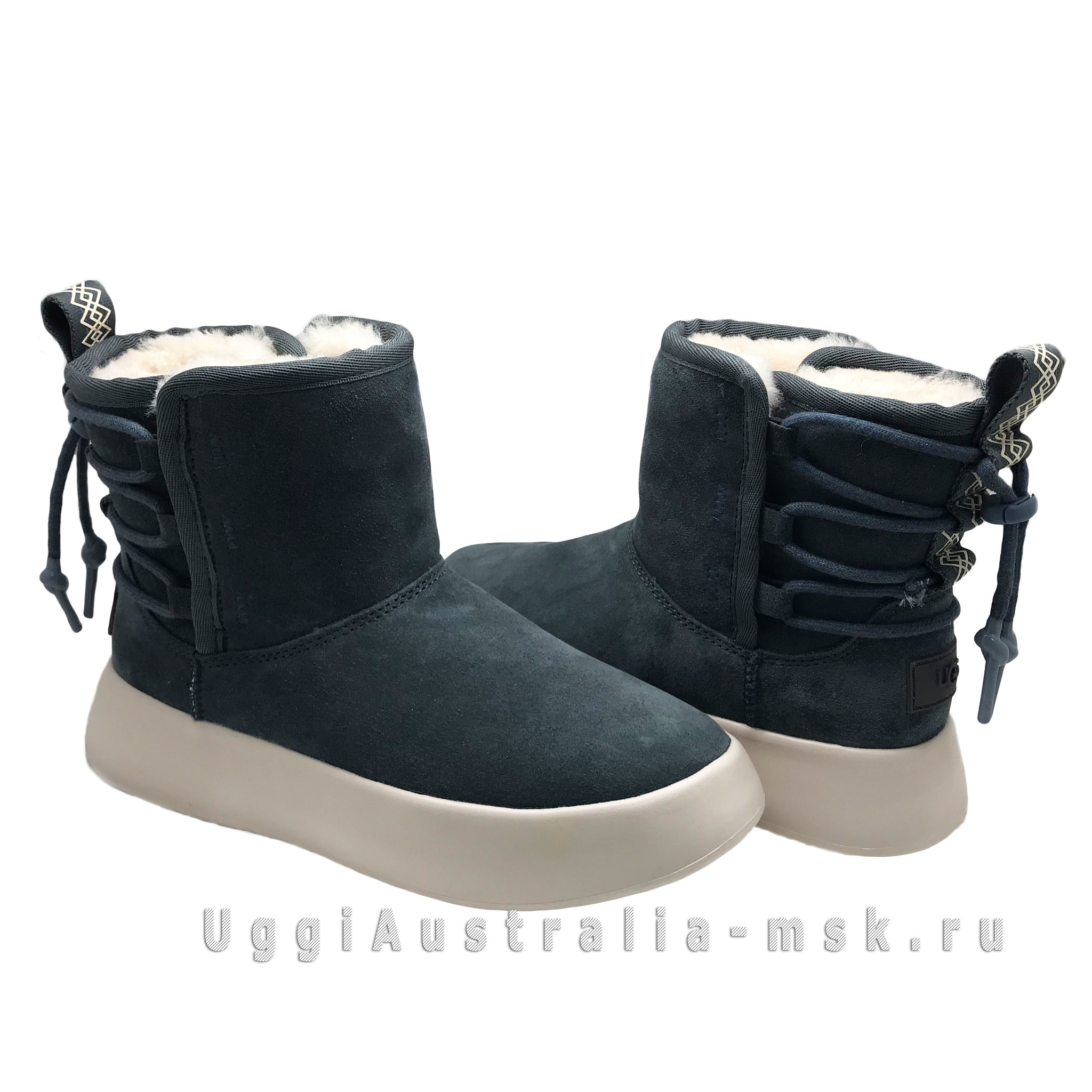 CLASSIC BOOM ANKLE BOOT GREY
