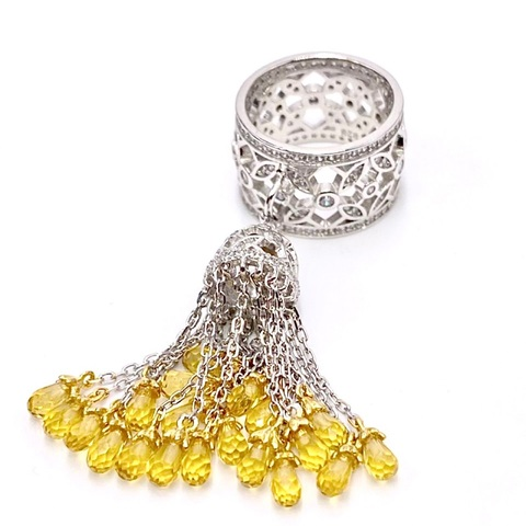 4800 - Кольцо из серебра с кисточкой из цепочек с желтыми цирконами огранки бриолет