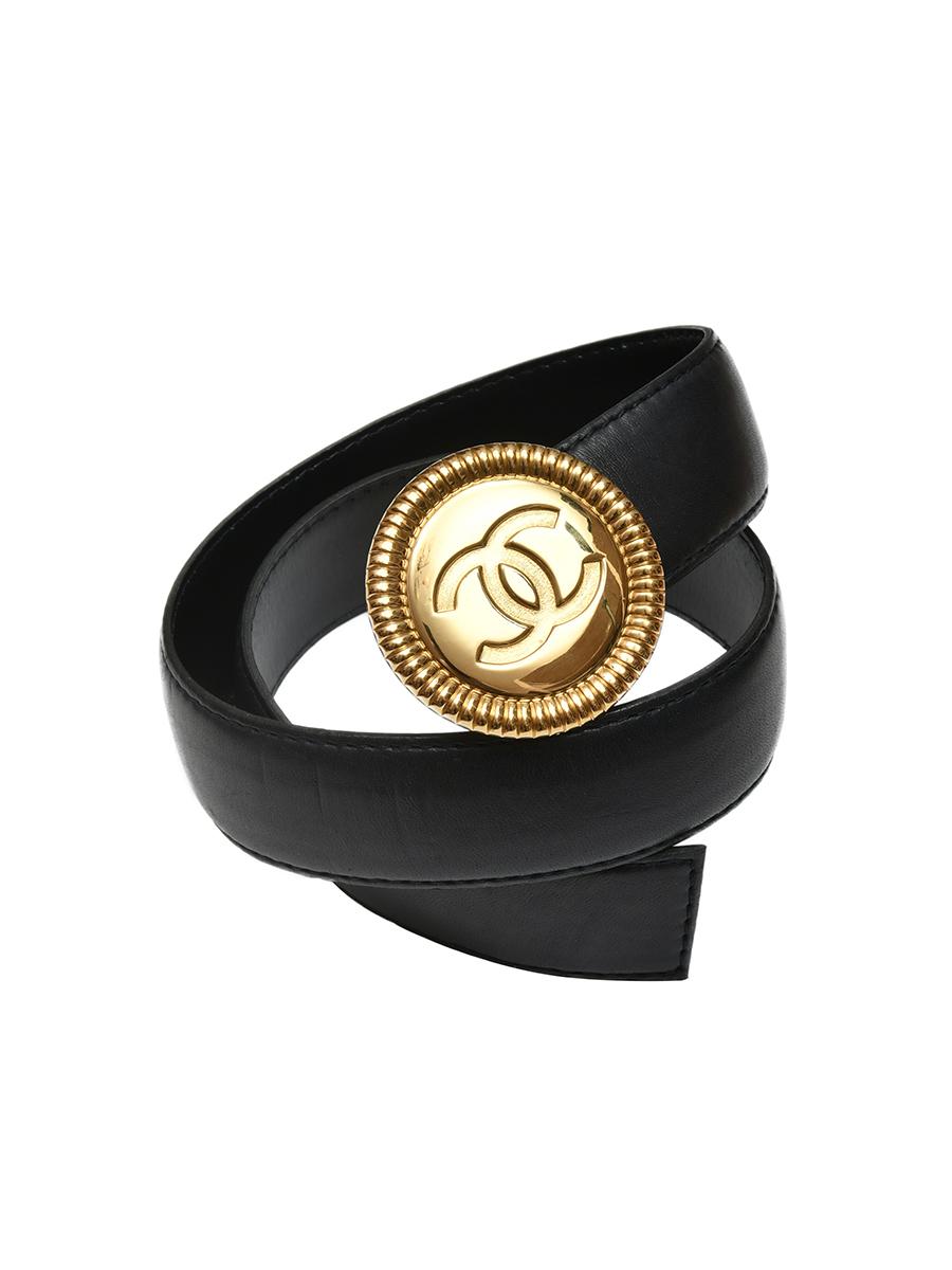 Кожаный ремень Chanel с мателлической пряжкой 1984 г.