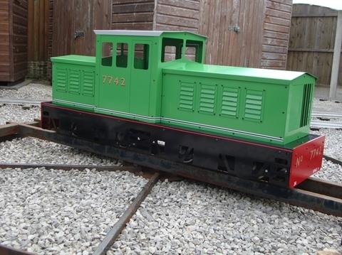 Garden Rail Тепловоз Titan Bogie-РН на колеи 12,7 см и 17,8 см, электрический