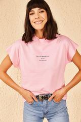 Qadın üçün yazılı çəhrayı t-shirt 10601002