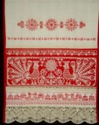 Свадебное полотенце - рушник с птицами, цветами и кружевом большое