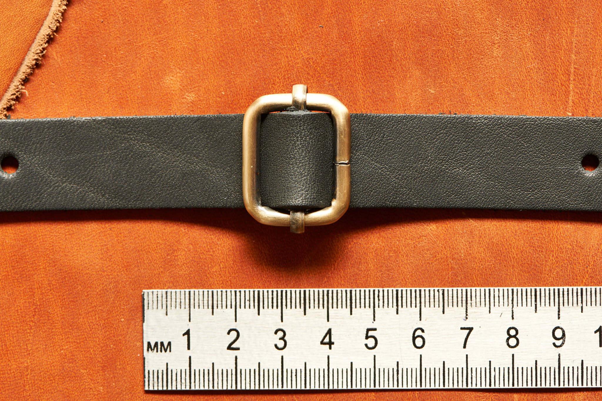 Регулятор металлический для ремня. ширина 20 мм, толщина проволоки 4 мм