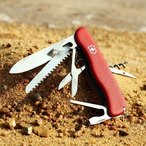 Складной швейцарский нож Victorinox Outrider (0.9023) - Wenger-Victorinox.Ru