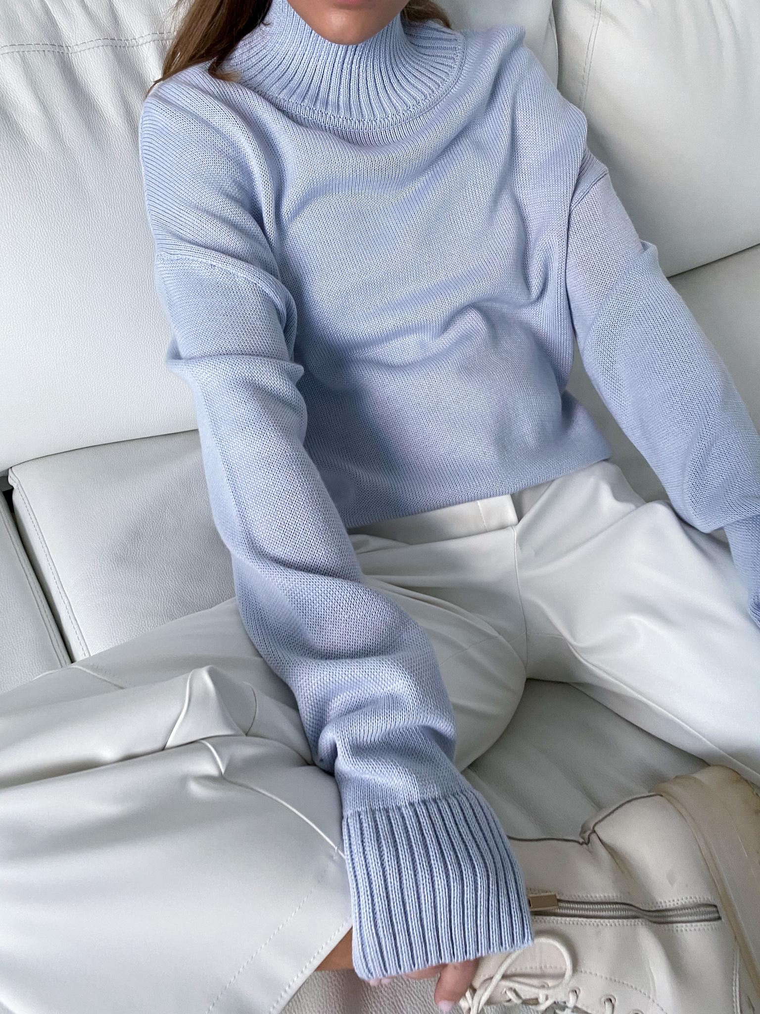 Свитер с горлом (голубой) (one size)