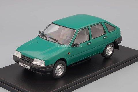 IZH-2126 Orbit green 1:24 Legendary Soviet cars Hachette #60