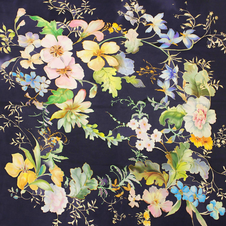 Шелковый платок батик Цветочная поляна