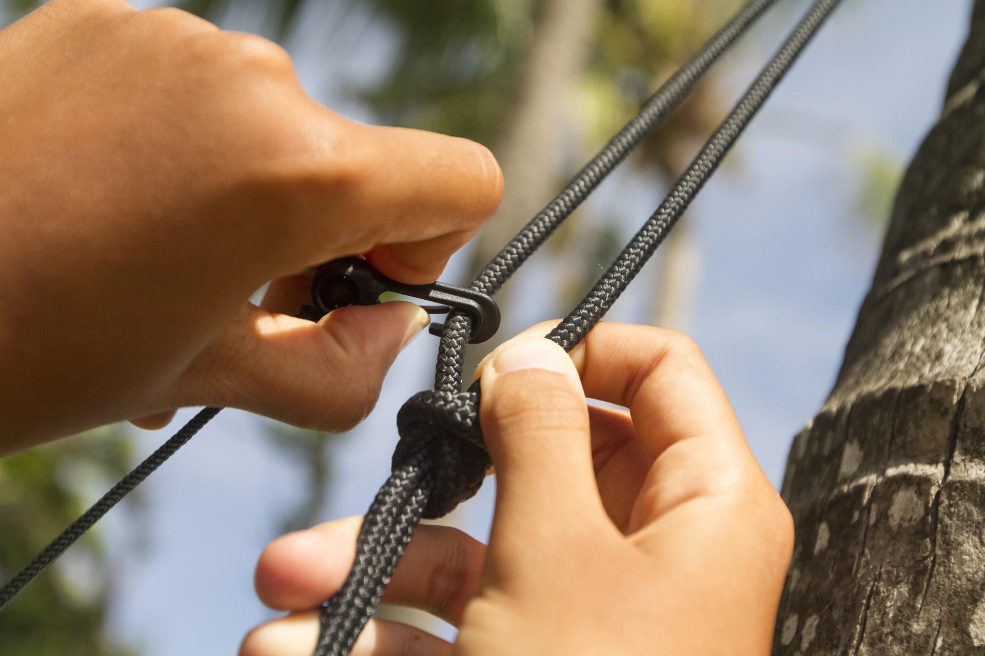 Крепление москитной сетки на гамак.