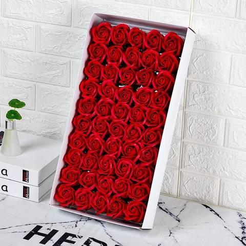 Ароматные мыльные бутоны роз в коробке красные (50 штук)
