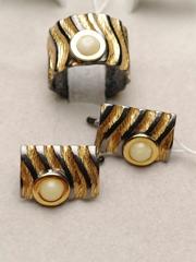 Бенда-молочный (кольцо + серьги из серебра)