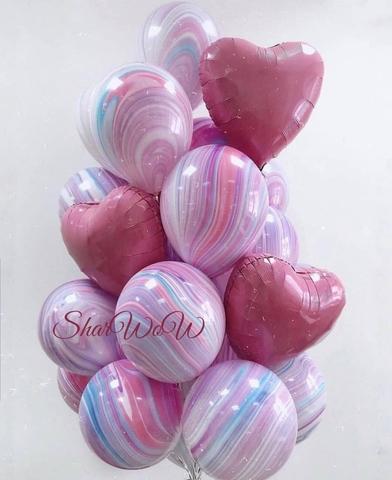 Букет многоцветных шаров с переливами с сердцами