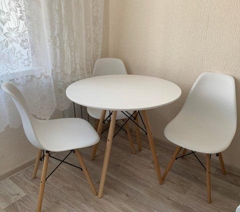 Кухонный интерьерный круглый стол Eames Eiffel MDF (D80/90/100см)