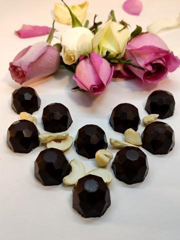 Конфеты шоколадные с Кешью (дробленым) на пекмезе 60 г