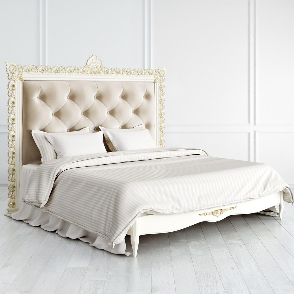 Кровать с мягким изголовьем 180*200