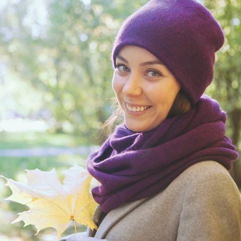 Кашемировый комплект шапка и снуд фиолетовый