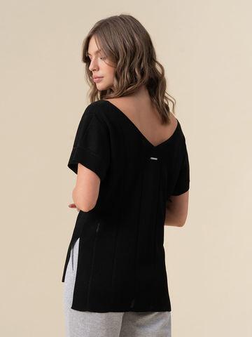 Женская футболка черного цвета из вискозы - фото 4