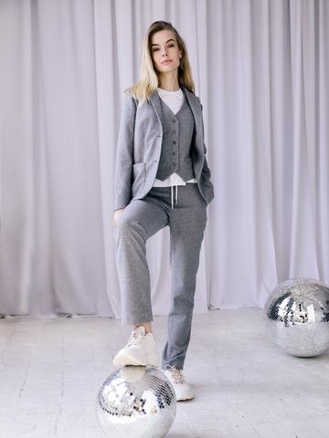 Костюм: пиджак, жилет, брюки