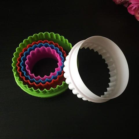 Вырубки для пряников  разноцветные КРУГ-КОЛЬЦО 5в1 (90мм, 80мм, 70мм, 65мм, 45мм.)