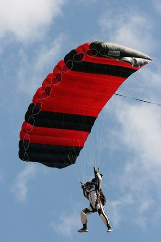 Skylark Magellan - Основной парашют