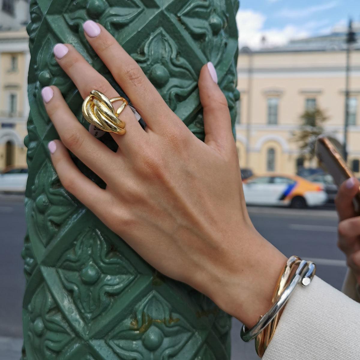 Кольцо Vi полукруги нахлест золото