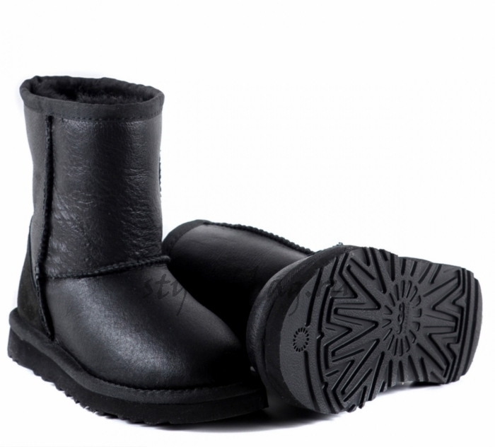 Детские кожаные угги UGG Australia Classic Black