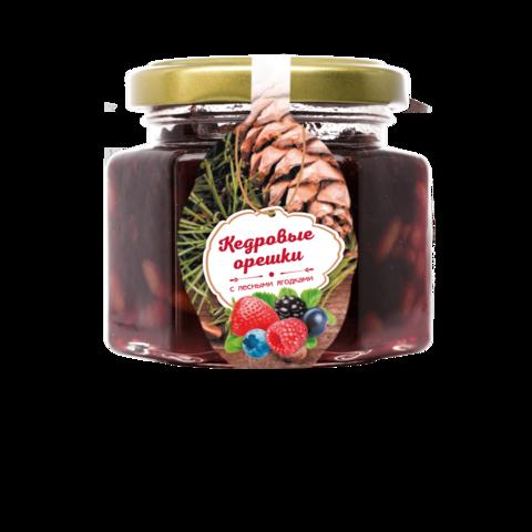 Кедровые орешки с лесными ягодами